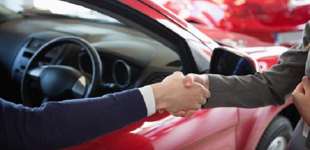 Auto wel of niet aan dealer verkopen